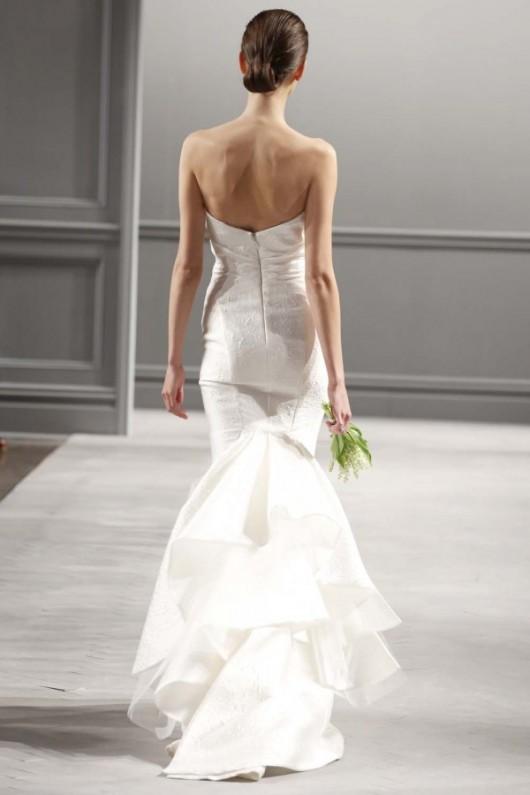 abito da sposa Monique Lhuillier Spring 2014 foto weddingbells.com