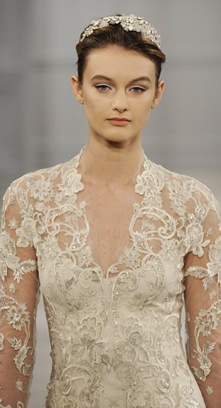 abito da sposa Monique Lhuillier Spring 2014 foto pegueiobouquet on instagram