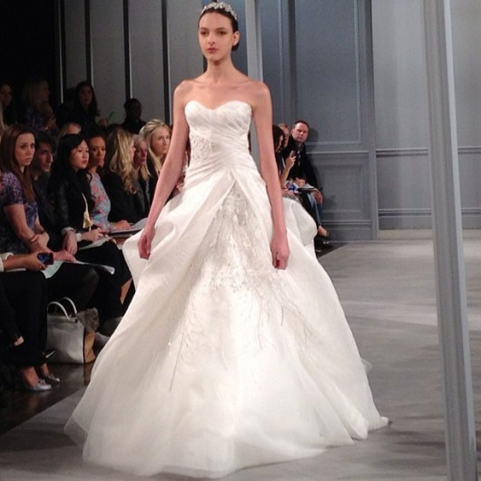 Monique Lhuillier Spring 2014  foto bridalguide on instagram