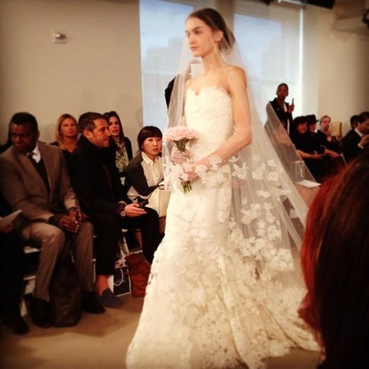 abito da sposa Oscar de la Renta Spring 2014 foto modernluxury on Instagram