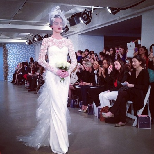 abito da sposa Oscar de la Renta Spring 2014 foto dalal_albabtain on Instagram