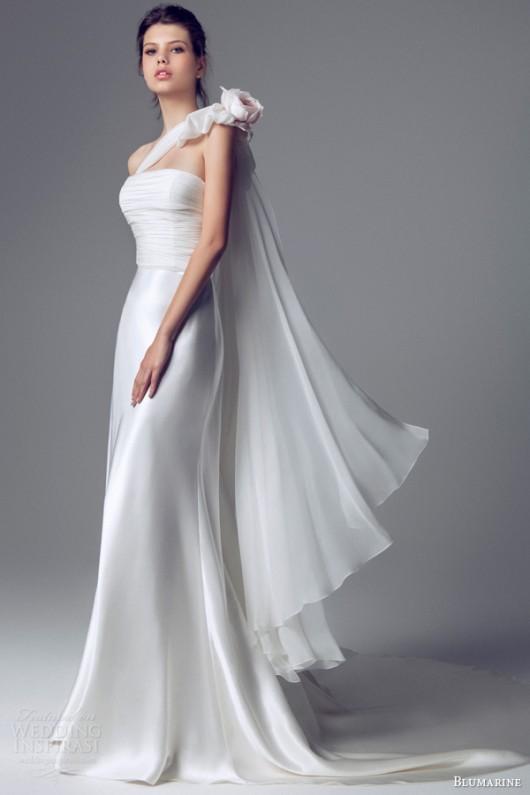 delicata come un fiore la sposa blumarine 2014 in rosa e bianco the dress. Black Bedroom Furniture Sets. Home Design Ideas