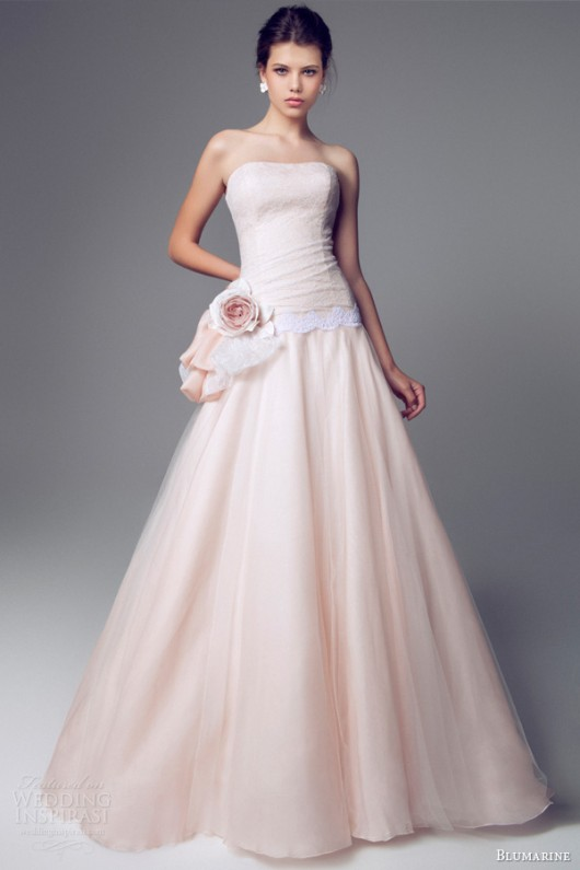 Favoloso Delicata come un fiore la sposa Blumarine 2014 in rosa e bianco  JA92