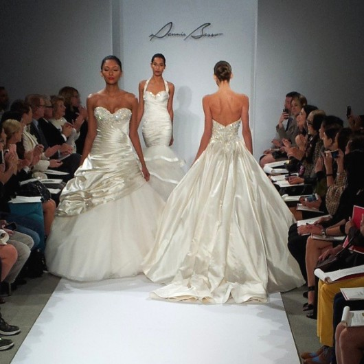 abito da sposa Dennis Basso Spring 2014 back foto vitalphotonyc