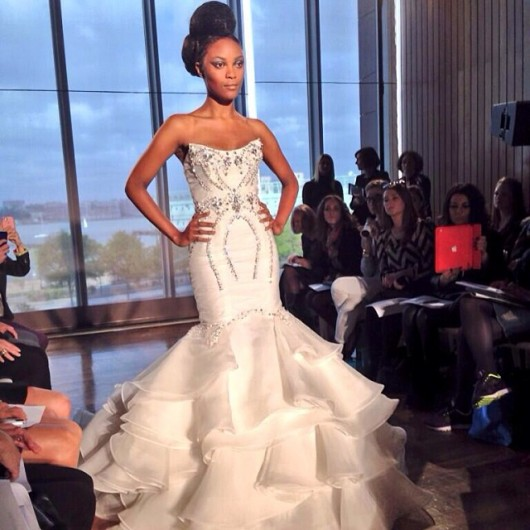 abito da sposa Aura Ines di Santo Fall 2014