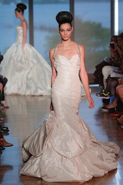 abito da sposa Rhea Ines di Santo Fall 2014