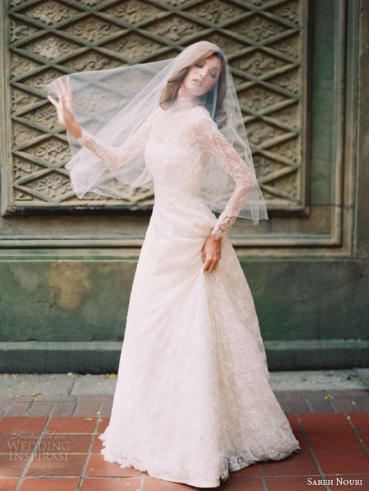 abito da sposa Queen Elizabeth Sareh Nouri Fall 2014 foto weddinginspirasi