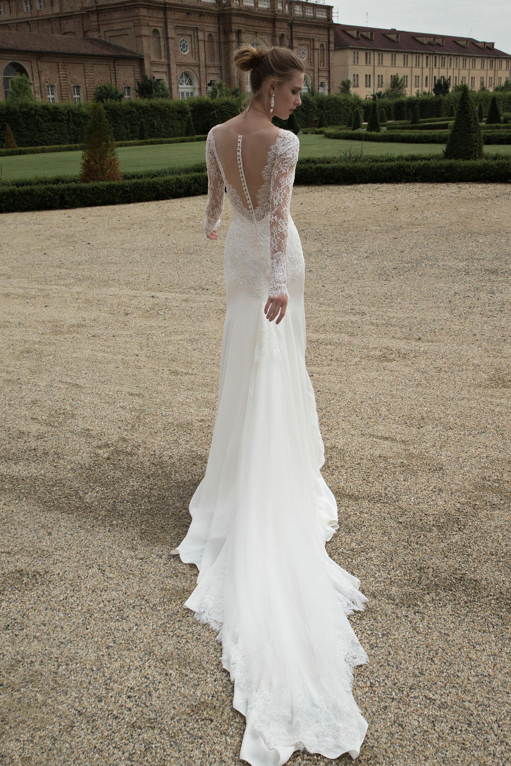 best website fcaf9 50ceb sposa Alessandra Rinaudo 2016