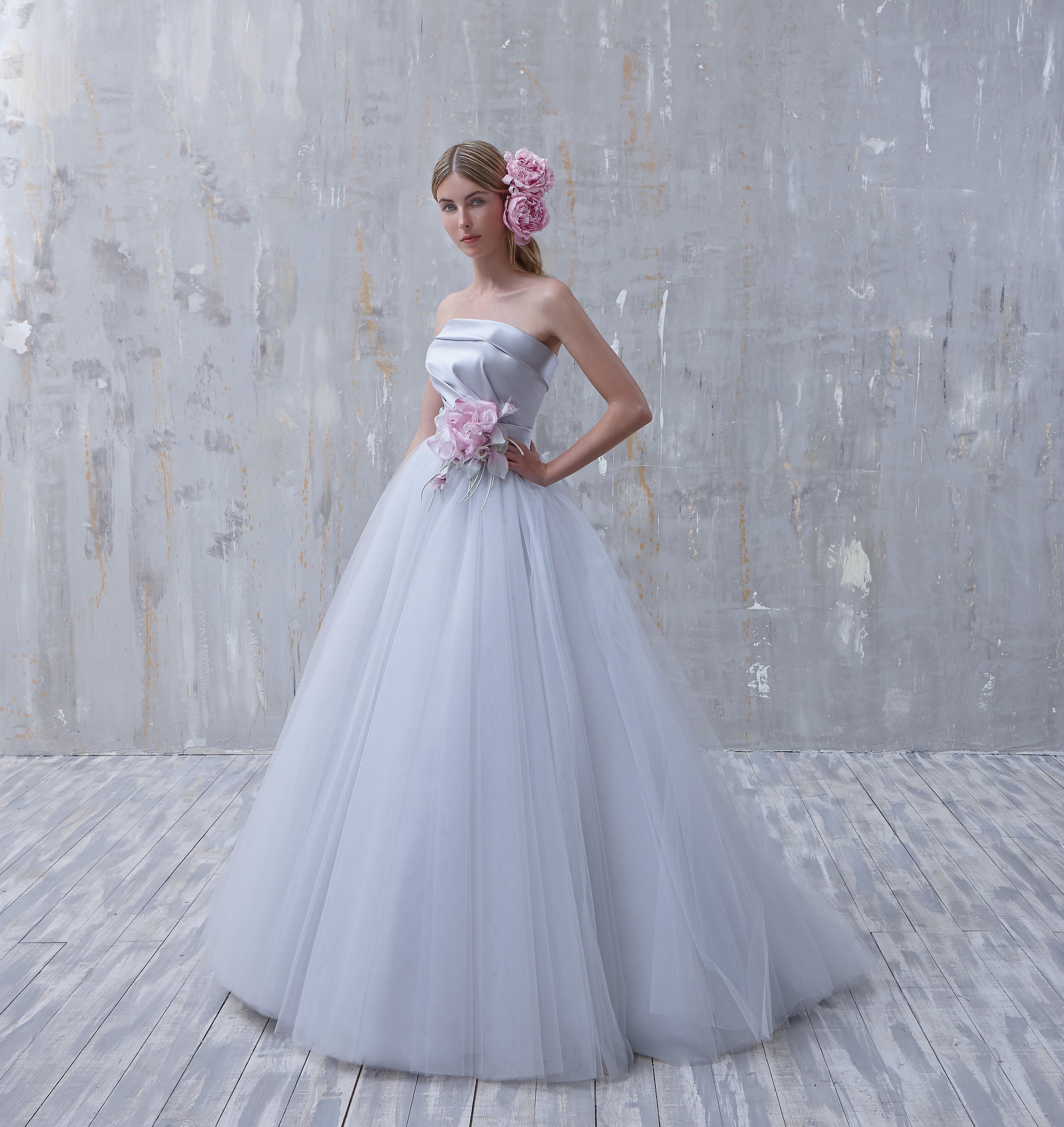 Colore e raffinatezza per la sposa Fio Couture