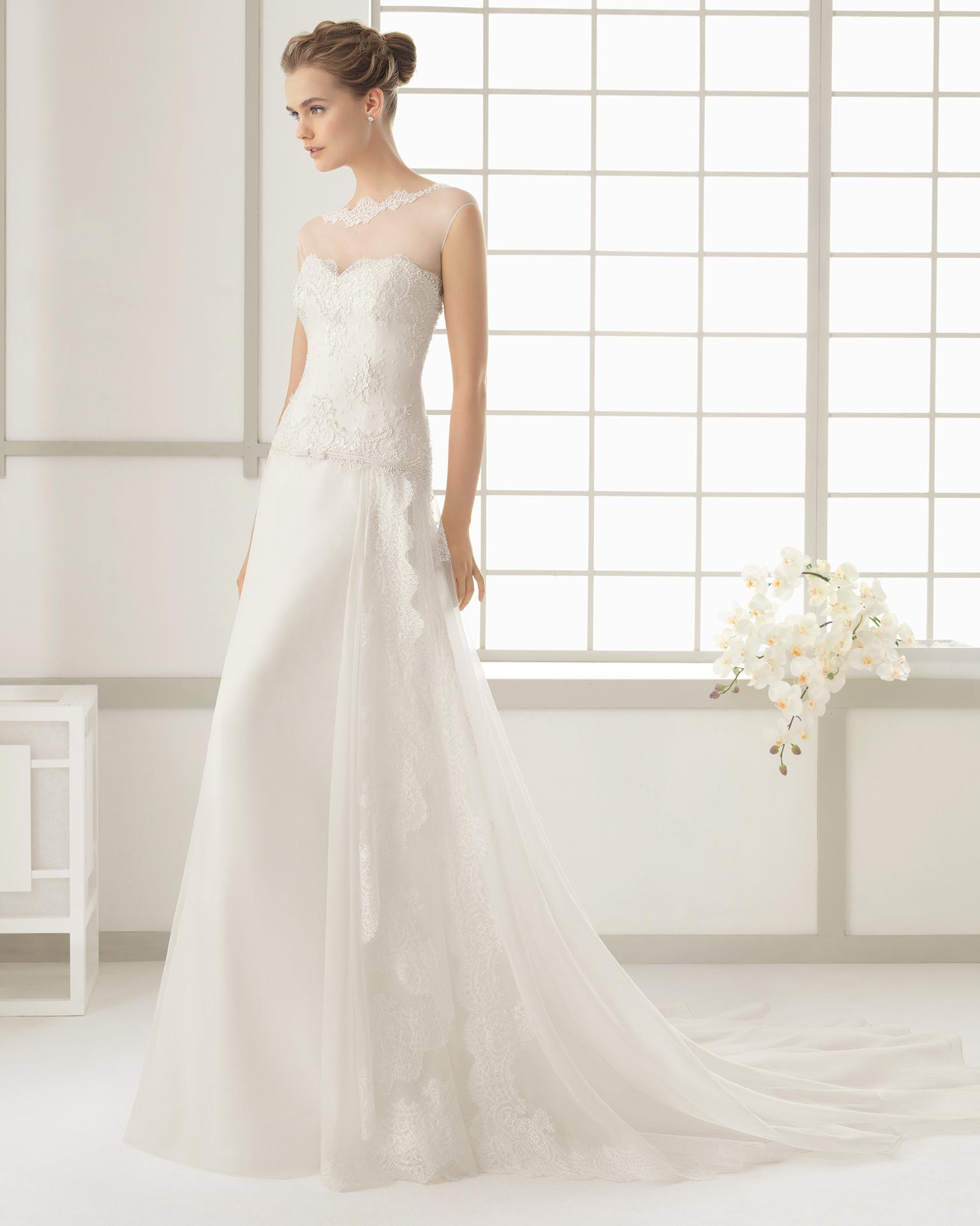 Senza tempo e glam la sposa Rosa Clarà 2016 fbceb76490c