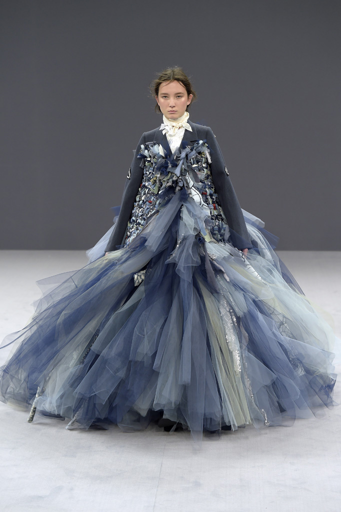 Viktor and Rolf Couture Fall 2016