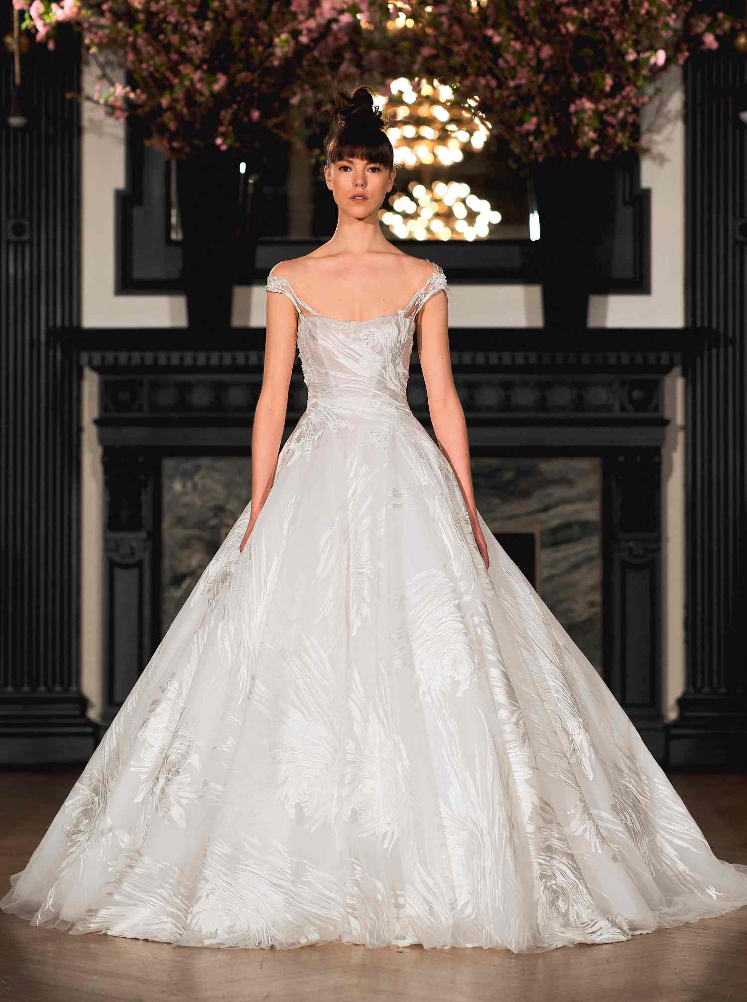 ines-di-santo-sposa-spring-2019-012-peyton