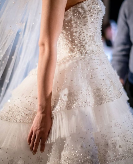 ines-di-santo-wedding-dresses-spring-2019-020-taylor