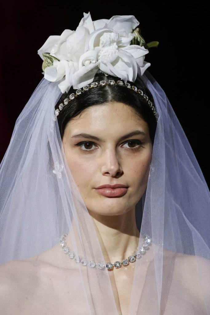 dolce-and-gabbana-sposa-fall-winter-2019-20 foto Getty