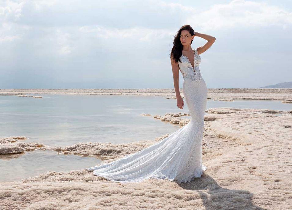 fc57f0e2a4c3 Collezione sposa Pnina Tornai Love 2020