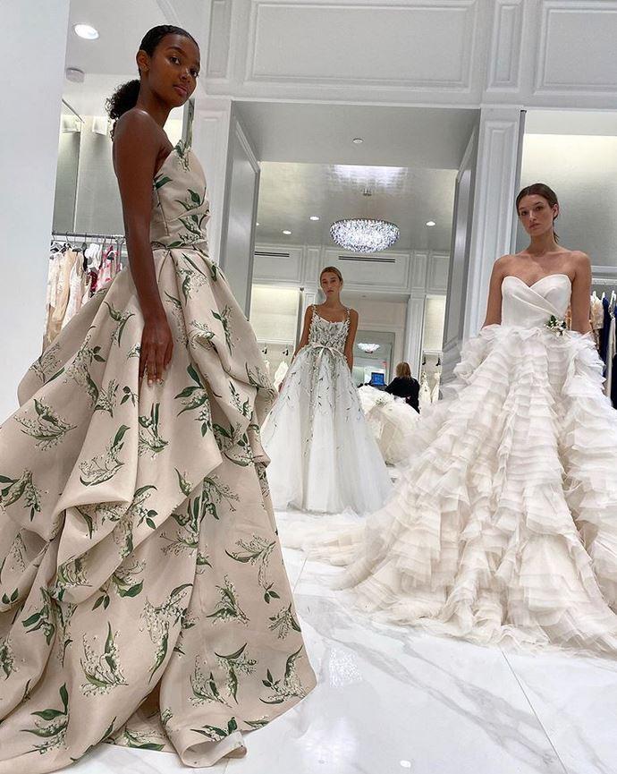 abiti da sposa con fiori Monique Lhuillier Fall 2021