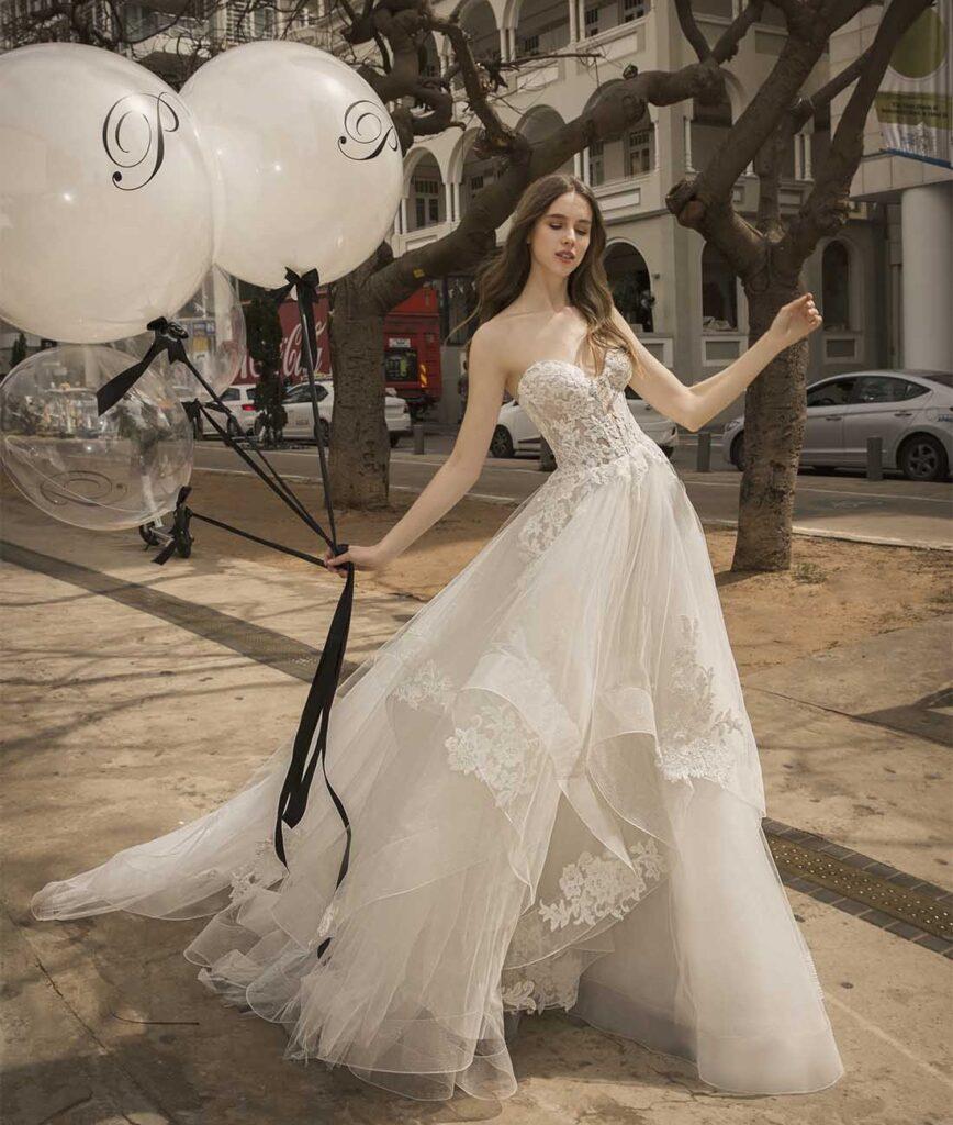 abito da sposa A-line Pnina Tornai prezzo sotto 3.000 dollari