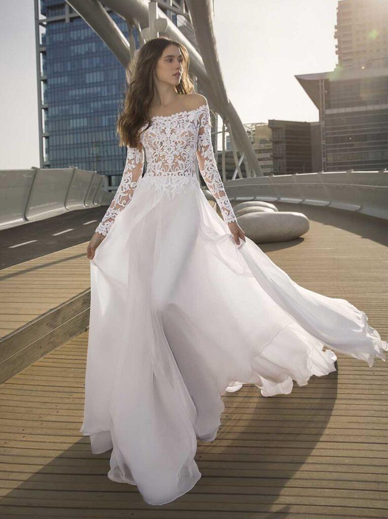 abito da sposa Pnina Tornai ricamato prezzo sotto 3.000 dollari