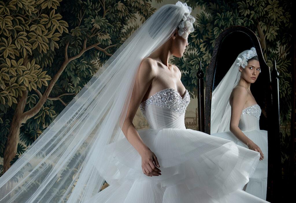 abito da sposa con gonna a balze Georges Hobeika Spring 2022