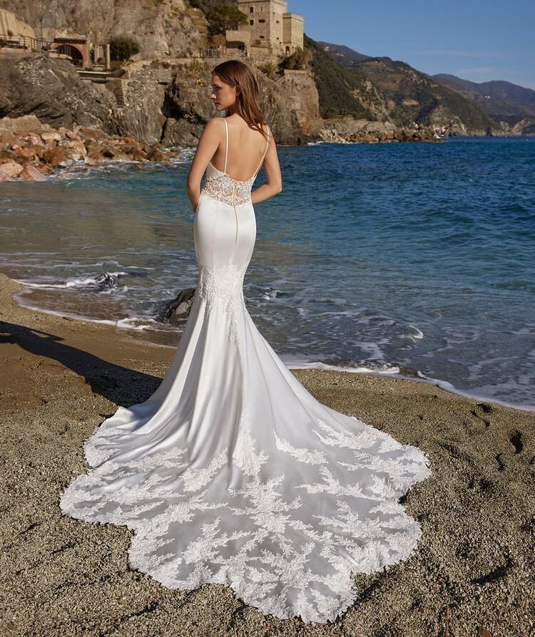 abito da sposa a sirena Ines di Ines di Santo Spring 2022 Lola