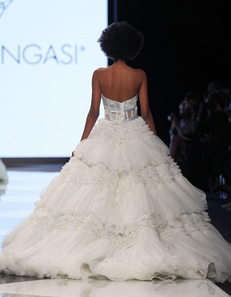 abito da sposa bustier Emiliano Bengasi 2022